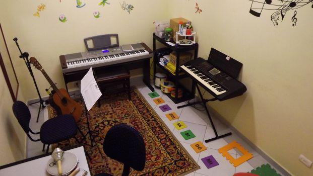 Sala de Teclado, e Piano e Acordeon